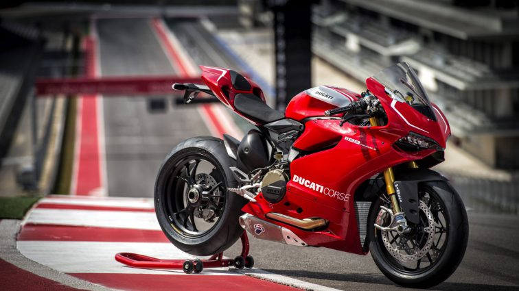 Ducati 1199 Panigale – Beauty video