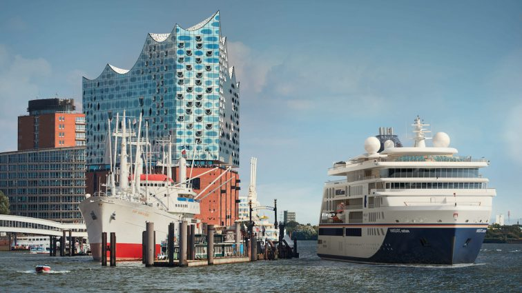 Hapag-Lloyd Cruises tauft die HANSEATIC nature am 12. April 2019 in Hamburg
