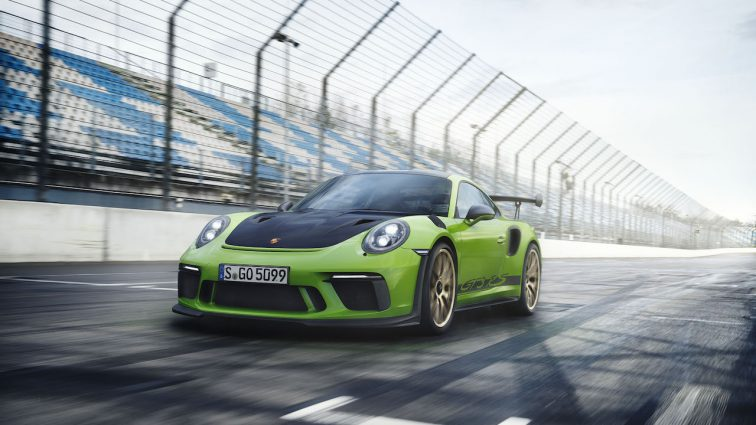 Ganz nah am Rennsport: der neue Porsche 911 GT3 RS feiert Weltpremiere