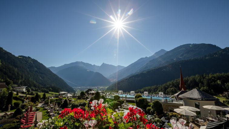 BIKER-PARADIES STOCK resort:TOP E-Bike Service, Bike Corner und der erste Hotel E-Bike Guide Österreichs!