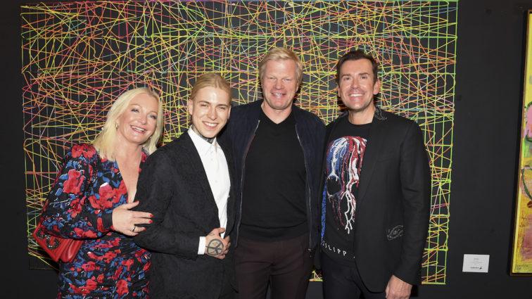 """""""Heart & Emotion"""": Viele VIPs bei Eröffnung der Ausstellung von Künstler Alexander Höller für den guten Zweck"""