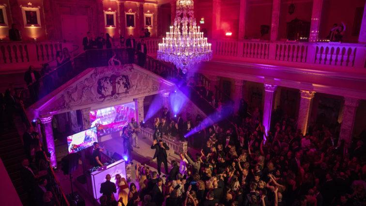 Ausgelassene Party-Gala Sektnacht Ball des Sports von Henkell Freixenet