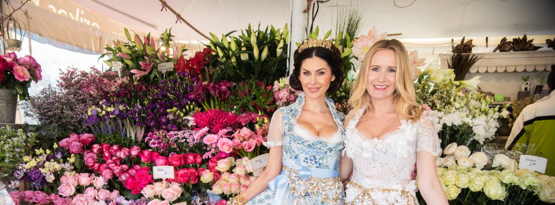 Dirndl-Trends 2019 – Ophelia Blaimer und Jeannette Graf zeigen die neuen blumigen Trachten-Looks