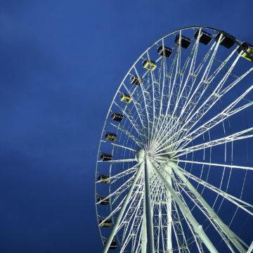 Die neue Attraktion in München, das Riesenrad Hi-Sky feiert Jungfernfahrt