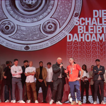 Stimmungsvolle Meisterfeier des FC Bayern München am Nockherberg