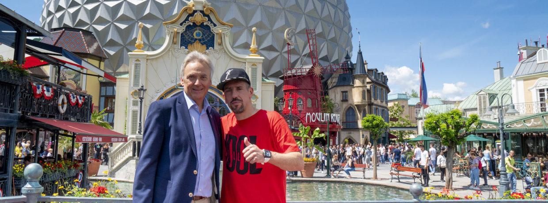 Double-Sieger & Fußballstar Franck Ribéry genießt Familienzeit im Europa-Park