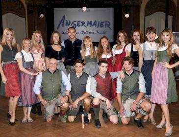 Angermaier Kollektionspräsentation im Silbersaal im Deutschen Theater