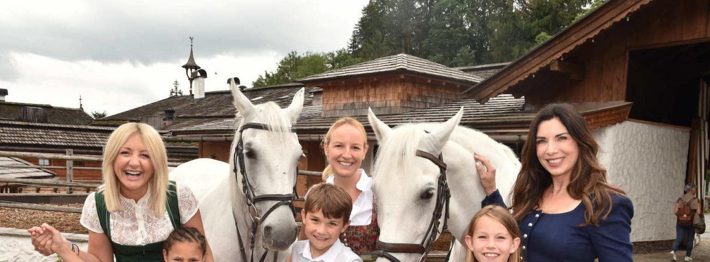 """""""Traumzeit"""" für Familien krebskranker Kinder im Hotel Stanglwirt"""