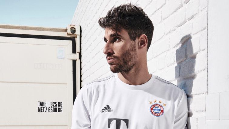 Das neue FC Bayern-Auswärtstrikot für die Saison 2019/20