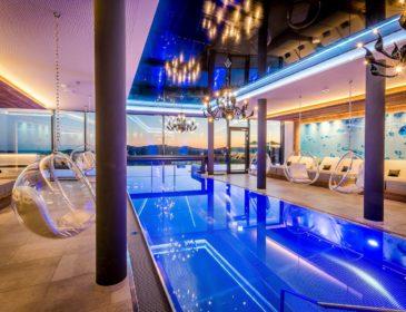Wellness, Kuscheln und Glücksmomente im Hüttenhof – Wellnesshotel & Luxus-Bergchalets