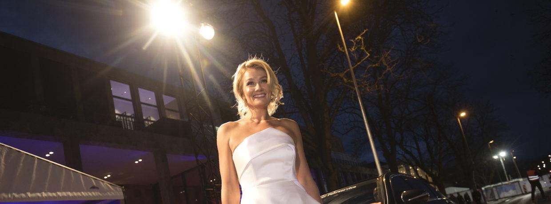 "Franziska van Almsick erhält die ""Goldene Sportpyramide"" 2019"