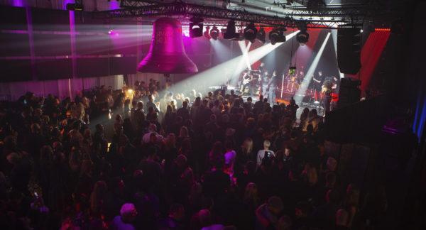 Highway to Help: Privates Rock-Konzert von REA GARVEY für seine Stiftung SAVING AN ANGEL