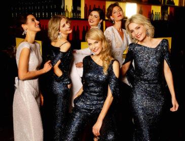 Kleider- und Frisuren-Glamour für die Festtage und die Ballsaison