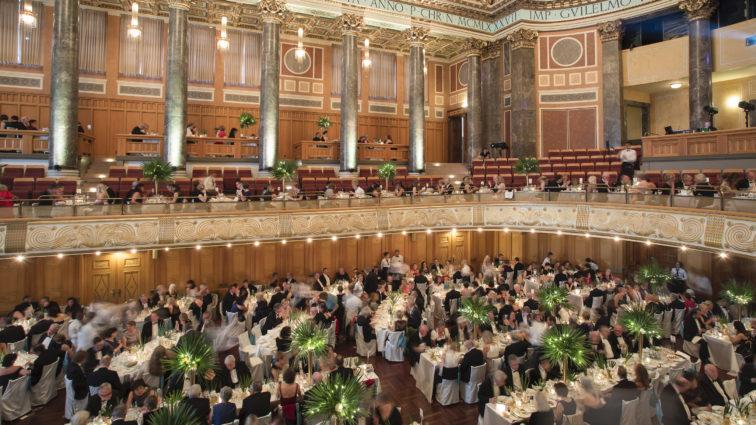 Jubiläum 20 Jahre Ball des Weines in Wiesbaden