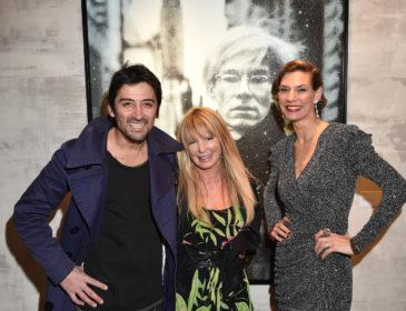 """Eröffnung der Ausstellung """"Heroes + Heroines"""" von Pop Art Künstler Russell Young"""
