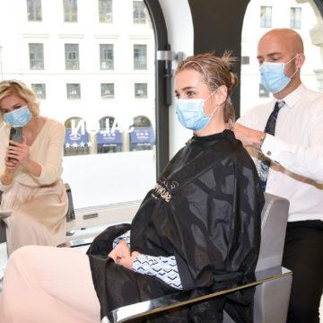 Nina und Julia Meise: Erster Friseurbesuch und erstes Mode-Shooting nach dem Lock Down