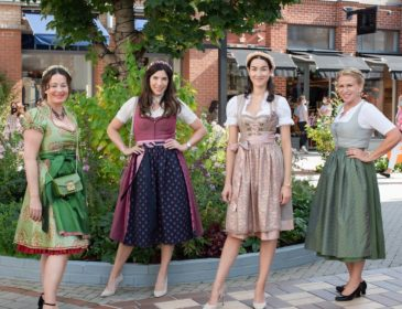 """Belladonna Wiesn Shopping Day"" in Tracht in Ingolstadt Village"
