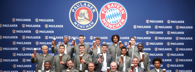 Lederhosen-Shooting des FC Bayern bei Paulaner am Nockherberg