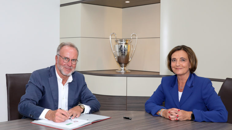 FC Bayern München und SOS-Kinderdörfer schließen Kooperationsvertrag
