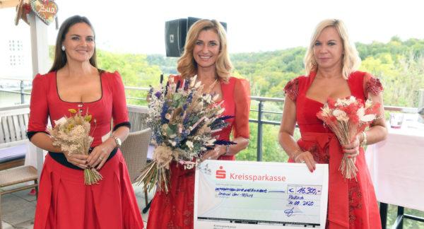 Ladies Red Wiesn 2020 im Rabenwirt in München-Pullach