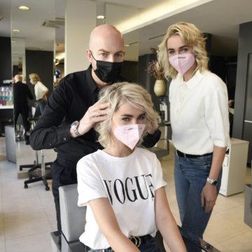 Erster Friseurbesuch nach dem Lockdown im Salon Pauli in München