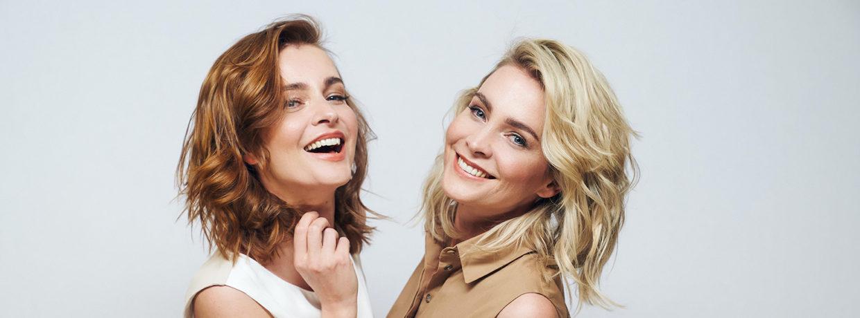 Eine der Meise-Zwillinge ist jetzt brünett statt blond