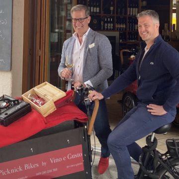 Vino e Gusto auf drei Rädern – neues Outdoor-Konzept mit Picknick-e-Bikes