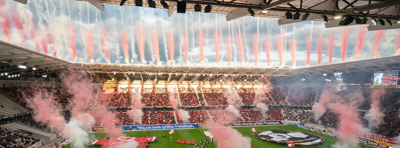 Europa-Park Stadion mit fulminanter Show eröffnet